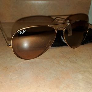 Oversized Gold Ray Ban Aviators
